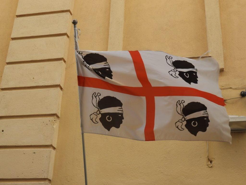 Travel Sardinia.
